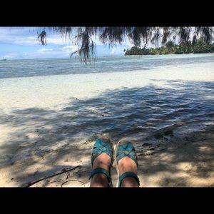 "Keen Radiance/Algiers Turquoise Blue ""Bali Strap"""